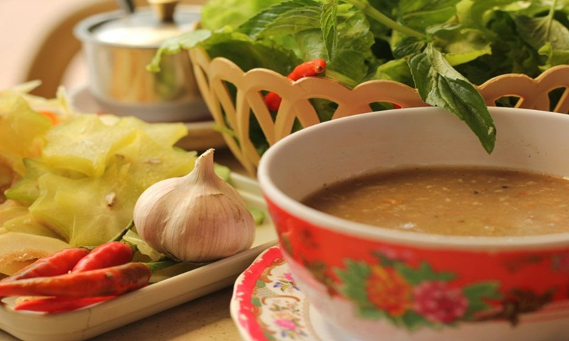 Vietnamese food tour