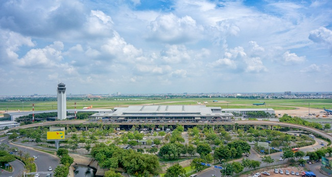 Tan Son Nhat International Airport (TIA)