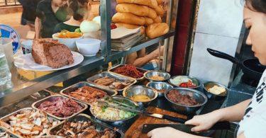 banh mi pho co Hanoi